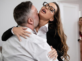 brazzers Amber In The Hills: Part 2 Free Video With Abigail Mac - BRAZZERS