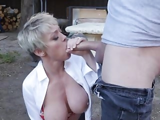 milf tits Hot mommy #4