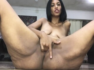 latina sexy saggy deepthroat blowjob on webcam Sexy Saggy Deepthroat Blowjob On Webcam, Latina